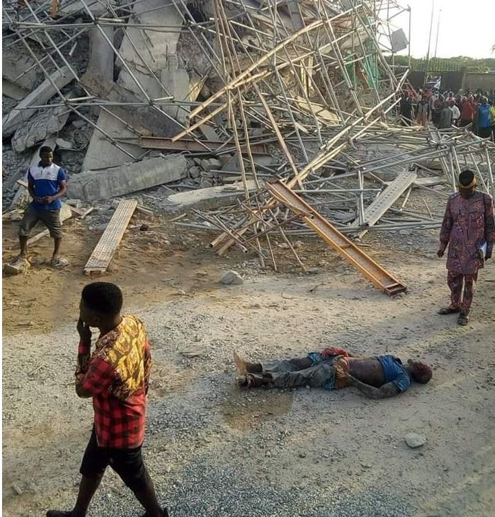 Eight-Storey Building Collapse In Owerri Imo Leaving 40 Trapped (Pics)
