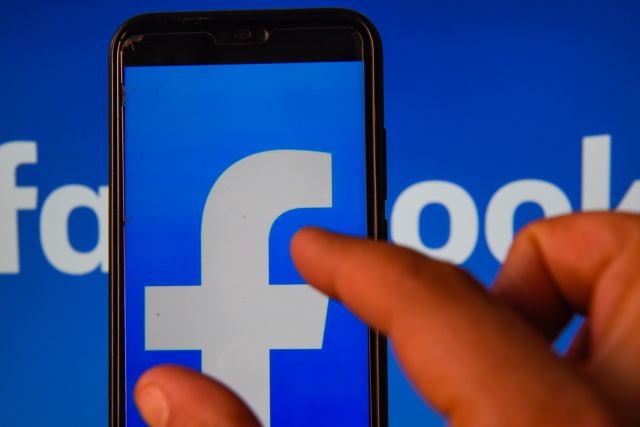 Facebook Issues New Rules To Group Members, Admins For Discussing Racism