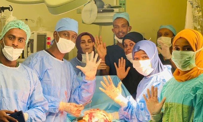 Somalian Woman Gave Birth To Quintuplets And They All Survived-SurgeZirc NG