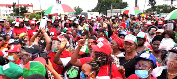 PDP Supporters Protest Against Disqualification Of Aspirants-SurgeZirc ng