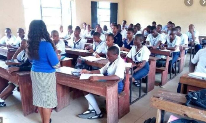 Two Schools Closed In Ondo For Failing To Adhere To COVID-19 Rules-SurgeZirc ng